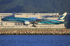 "Cathay Pacific Airways Boeing B777-367ER ""Asia's World City"" (B-KPF) (TFG Lau) Tags: canon hongkong eos airport aviation jet aeroplane boeing  777 canoneos hkg spotting cathaypacific planespotting boeing777 oneworld cpa b777 hkia hongkonginternationalairport asiasworldcity oneworldalliance vhhh b77w bkpf eos5dmarkiii ahkgap"