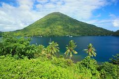 Gunung Api (aldian.silalahi) Tags: flow banda lava spices batu karaka naira neira kapal belanda bandaneira bandanaira