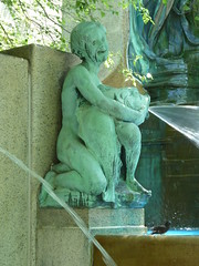 Chicago, Art Institute of Chicago, South Garden, The Fountain of the Great Lakes (Sculptor: Lorado Taft) (Mary Warren (7.6+ Million Views)) Tags: chicago water fountain bronze artinstituteofchicago wbez chicagoist loradotaft explorechicago fountainofthegreatlakes gapersblockchicago