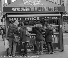 Bargain hunters DSC_0730.jpg (Sav's Photo Gallery) Tags: street city uk travel portrait people london smile smiling photography soho capital crowd streetphotography tourist gb ticketbooth d7000 savash savashdjemal savsphotogallery