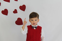 IMG_4061-2 (lit t) Tags: hearts cards brothers valentines toddlerboy pinspiration inspiredbypinterest terridoaktaylor