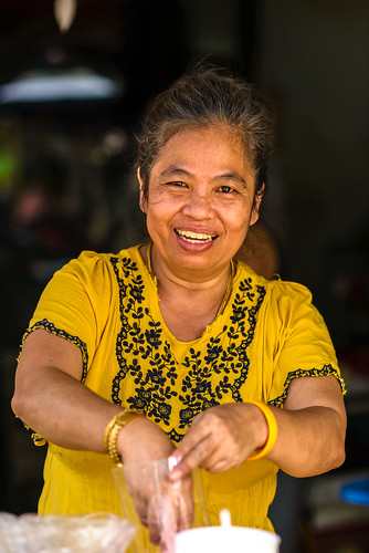 Street Vendor / Street portrait / On the street / Hua Hin / Thailand / 27.02.2014