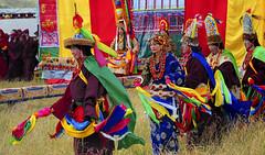 Tibetan opera played by nuns at Minyak Gonchen, Tibet 2013 (reurinkjan) Tags: nunnery gesar kinggesar 2013 tibetanopera བོད་ལྗོངས། ©janreurink tibetanplateauབོད་མཐོ་སྒང་bötogang tibetབོད dardoདར་མདོ་county nunneryཨ་ནི་དགོན་པ་anidgonpa khamཁམས།easterntibet ༢༠༡༣ khamཁམས་བོད khamsbodkhamwö lhaganggrassland jinlonggön epicofkinggesar གེ་སར་རྒྱལ་པོ rgyalpo