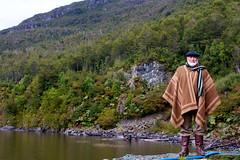 Gaucho (horment) Tags: chile patagonia naturaleza 35mm 7d villa canonef35mmf2 35 region ohiggins hombre gaucho aysen ef35mmf2 35mmf2 canon35mmf2 aisn villaohiggins patagn regindeaysn canon7d horment