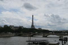 Tour Eiffel (CamJrOff) Tags: france paris arcdetriomphe town city old road life art photographie pic picture architecture toureiffel g7x louvre pyramide sculpture batiment jr