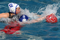 AW3Z0332_R.Varadi_R.Varadi (Robi33) Tags: summer sports water swimming ball fight women action basel swimmingpool watersports waterpolo sportspool waterpolochampionship