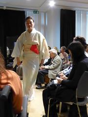 Tea ceremony student (seikinsou) Tags: brussels summer japan japanese student belgium belgique culture bruxelles embassy demonstration invitation kimono teaceremony keiko urasenke