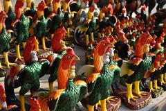 DSC_7984 (Kent MacElwee) Tags: thailand ayuthayya ayuthaya seasia sea southeastasia ayutthaya river chaophrayariver watputthaisawan temple buddhist kingramathibodii rooster cockerel