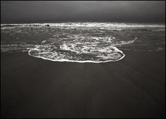 Seascape Refsnes 4285 (fotografueland) Tags: beach nikon wave refsnes d700