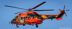Eurocopter AS-532AL Cougar (HU.27-03 / ET-670) (Ignacio Ferre) Tags: orange airplane spain nikon aircraft aviation military landing helicopter cougar avin naranja helicptero eurocopter spanisharmy famet lecv as532al eurocopteras532alcougar