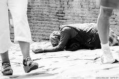 La Povert (zahm.george) Tags: poverty povert woman rome italy