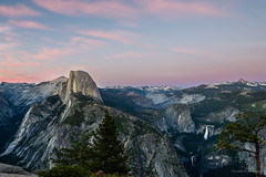 Glacier Point Sunset (Vineeth Mekkat) Tags: sunset waterfall nationalpark sierra yosemite halfdome yosemitenationalpark glacierpoint yosemitevalley vernalfalls nevadafalls