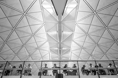 Meal (t-a-i) Tags: street roof people hk hongkong airport pattern streetphotography structure symmetry symmetrical ricoh hkg hkia gr2 grii hongkonginternationalairport ricohgr2 ricohgrii