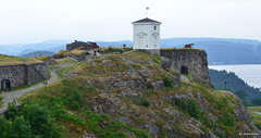 Halden Fort (Bo Ragnarsson) Tags: norway norge cloudy fort rainy fortress festning halden hamn fstning fredriksten