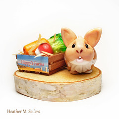 Hoppys Farms (Dragonfly Lampworks) Tags: sculpture rabbit bunny glass heather carrot veggie radish lampwork flamework sellers