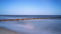 Zingst (blichb) Tags: strand de deutschland meer ostsee zingst langzeitbelichtung mecklenburgvorpommern 2016 buhne fischlanddarszingst blichb zeissloxia235 sonya7rii