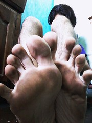 #dirtybarefeet #alwaysbarefoot Fuck shoes. (Dirtyfoot Timmy) Tags: alwaysbarefoot dirtybarefeet