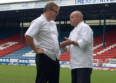 Chef Nigel Haworth at the Fantastic Food Show - having a chat on the pitch (Tony Worrall Foto) Tags: show uk england food cooking fun football fantastic stadium year sunday may cook 4th lancashire blackburn event chef pitch celeb cooks 19th foodie lancs returned foodshow ewoodpark 2013 chefswhites haworths nigelhaworthsfantasticfoodshow