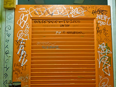 (gordon gekkoh) Tags: sanfrancisco pez graffiti us 3a destroyer peter um alert adek orfn adios bkf daper btm topest 3ak