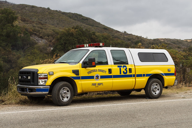 california ca ford truck fire pickup t3 department venturacounty wildfire f250 superduty vcfd springsfire