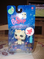 Petshop 1058 (MissLilieDolly) Tags: bear horse dog chien pet pets bird cat cheval chat panda tiger collection figurines dolly figurine miss animaux petshop tigre oiseau lilie hasbro ours 1058 missliliedolly
