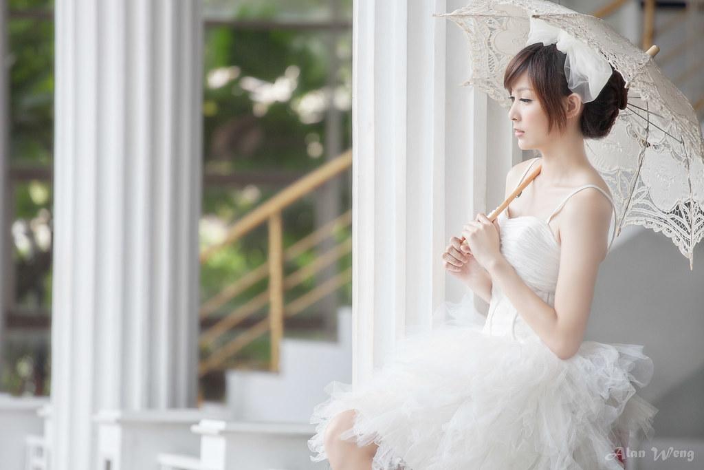 【自助婚紗∣婚紗寫真】新竹荷家園 青青草原外拍 婚紗外拍 主題婚紗 輕寫真