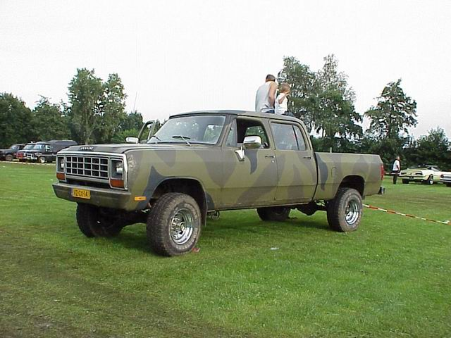 pickup dodge mopar 1985 crewcab w350 v8meetings