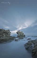Hallando la luz. (Francisco J. Prez.) Tags: naturaleza nature mar cielo nocturnas cdiz algeciras sigma1020mm pentaxart pentaxk5 franciscojprez