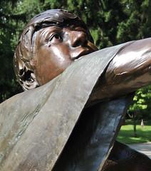 Marty Matthews monument (m e sweeney) Tags: cemetery lexington kentucky mausoleum lexingtoncemetery
