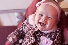 OF-Rana(1mês)-369 (Objetivo Fotografia) Tags: tiara 1 bebê sorriso rana menina oncinha casaco mês bebêsorrindo manfroi felipemanfroi eduardostoll dudustoll ensaioinfantil estúdioobjetivo objetivofotografia