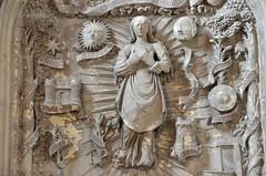 Montdidier (Somme) - Eglise du Saint-Spulcre - La Vierge entoure des litanies (bas-relief du XVIe) (Morio60) Tags: 30 glise picardie somme montdidier saintspulcre litanies