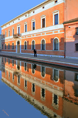 Comacchio - A city in the mirror (G.hostbuster (Gigi)) Tags: man reflection perspective ghostbuster comacchio gigi49