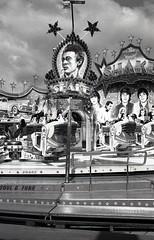 Shake Soul and Funk (Alex Sander S.) Tags: urban blackandwhite film analog 35mm nikon kodak tmax streetphotography 35mmfilm sw nikkor analogphotography nikonf3 tmy 400iso urbanphotography kodaktmax filmphotography caffenol schwarzweis filmisnotdead classicblackwhite classicblackandwhite epsonv500 ishootkodakfilm filmshooters bwfp believeinfilm