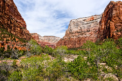 Approaching the Lodge (Roshine Photography) Tags: rock landscape outdoor canyon mountainside zionnationalpark rockformation emeraldpooltrail pentaxk3ii 2016utahtrip