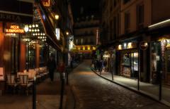 La Vie en Rose (Frags of Life) Tags: street red people paris lights artistic fineart nightlife 5tharrondissement