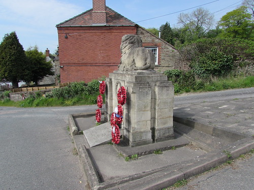 Longhope: War Memorial (Gloucestershire)