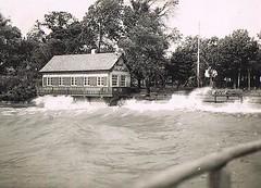 Waves (TrueVintage) Tags: lake water vintage see 1930s wasser waves windy oldphoto foundphoto chiemsee 1930 wellen vintagephoto windig