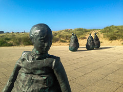 The Weebles, South Shields (Norms360) Tags: sculpture statue bronze coast bluesky southshields weebles