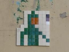 PA 0323 ractiv / Space Invader (Archi & Philou) Tags: streetart mosaic spaceinvader tiles pixelart mosaque carreau paris11
