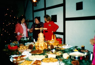 West Germany   -   HerbornSeelbach    -   Damen Kaffee at the OHG (Offen Handelsgesellshaft)    -    Aartal Kaserne   -   Juanita, Janice & Me   -   8 December 1989