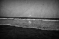 luna et maris (ChrisRSouthland (back in Athens - at last)) Tags: leica sea newzealand blackandwhite bw blur monochrome evening waves blurred motionblur shore mm elmarit28mmf28 mmonochrom leicammonochrom