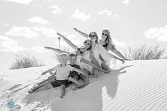 Family (KarinaSchuh) Tags: family newmexico parents sand outdoor dunes siblings portraiture alamogordo granpa individuals whitesandsnationalmonument grossvater oterocounty outdoorportraiture outdoorphotographer newmexicophotographer