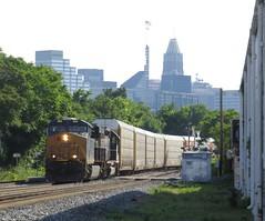 Baltimore 2016 CSX Autorack Train L217 (wheeltoyz) Tags: city train harbor md maryland crab charm baltimore inner rack freight orioles 995 csx autorack l217