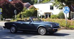 Fiat 124 Spider 1985 (XBXG) Tags: auto old italy holland classic netherlands car vintage spider italian automobile italia fiat nederland convertible voiture 124 1985 cabrio paysbas italie itali ancienne roadster cabriolet pininfarina farina overveen italienne pinin fiat124spider rs29hs