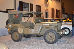 JEEP WILLYS (Bruno Vigan) Tags: gaggiano jeep willys nightshot car historical auto automobili autostoriche oldcar italia roadpic nikon5100 35mm historicalcar jeepwillys