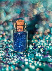 Blue bokeh (WillemijnB) Tags: blue azul glitter beads bottle shiny blauw dof bright bokeh blu azure indigo depthoffield bleu blau bouteille glitters flacon glittering sininen flesje fiole royalblue