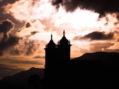 Igreja So Francisco de Paula - Ouro Preto (evellynnunes) Tags: new school sunset sky church brasil square de francisco flickr fuji details may preto paula igreja squareformat lonely fav bem lovely so ouro edits lightroom angulo s1800