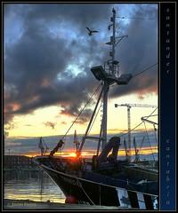 puerto pesquero · fishing port · #5 (www.xavierfargas.com) Tags: sea españa water port sunrise puerto muelle boat mar dock spain agua europa europe barco panasonic amanecer 1001nights fishingboat hdr santander cantabria barcodepesca fishingport darsena goldenglobe raynox photomatix puertopesquero 1xp xfp abigfave dmcfz50 lumixdmcfz50 dcr730 raynoxdcr730 platinumheartaward multimegashot colourvisions sensationalphoto xavierfargas p1130542 adaptadorgranangular