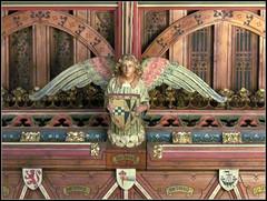Cardiff Castle - Banqueting Hall angel (pefkosmad) Tags: uk roof castle wales angel heraldry cardiff angels cardiffcastle gothicrevival banquetinghall hammerbeamroof hammerbeam