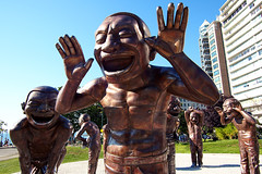 A-maze-ing Laughter () Tags: park canada vancouver artwork day britishcolumbia sunny wideangle bluesky englishbay publicart sculptures bronzesculpture m43 yueminjun vancouverinternationalsculpturebiennale mirrorless mortonpark microfourthirds amazeinglaughter olympusomdem5 panasoniclumixgvario714mmf40 vancouverbiennaleopenairmuseum